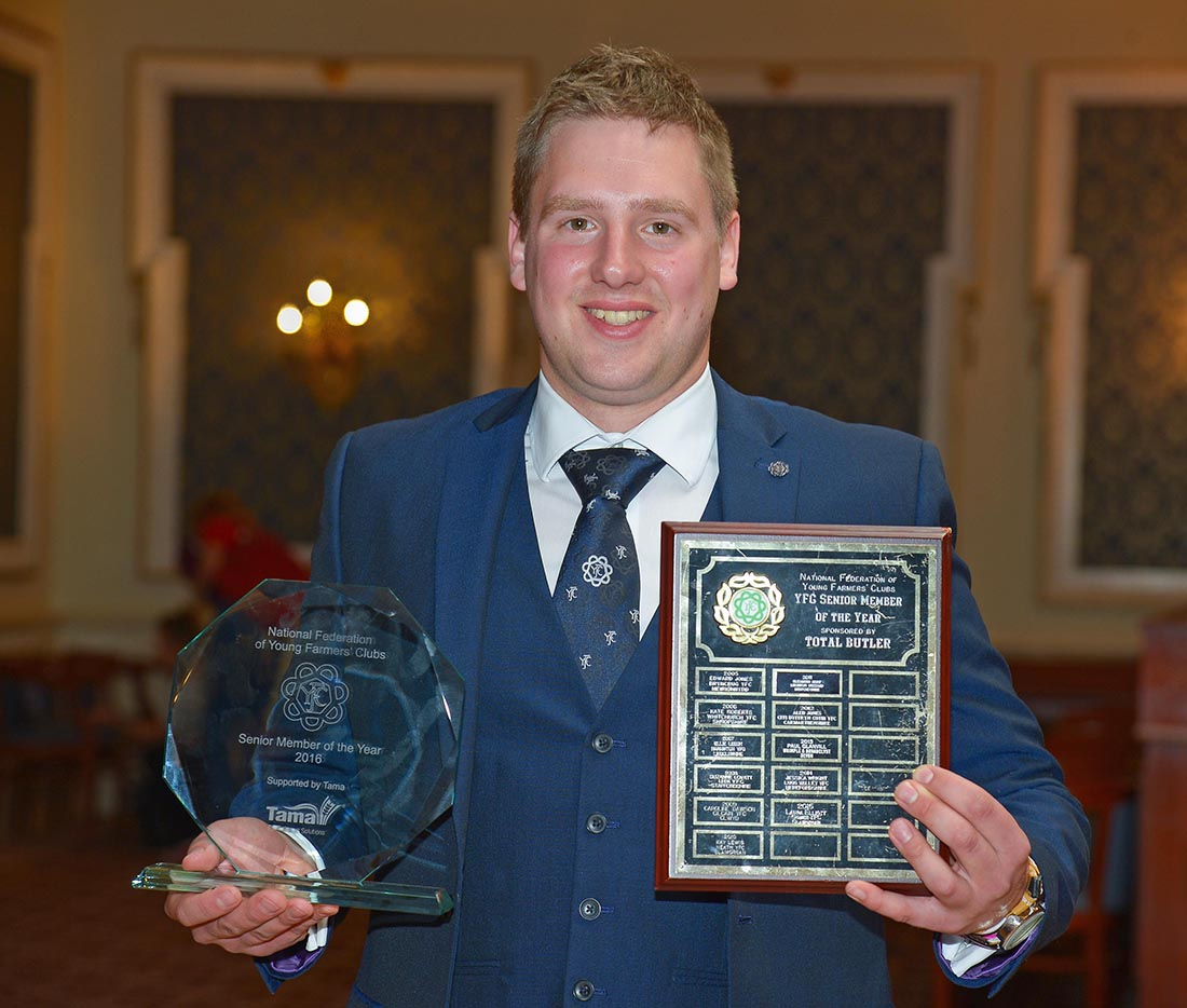 AGM 2016 - Lincolnshire member wins senior member of the year