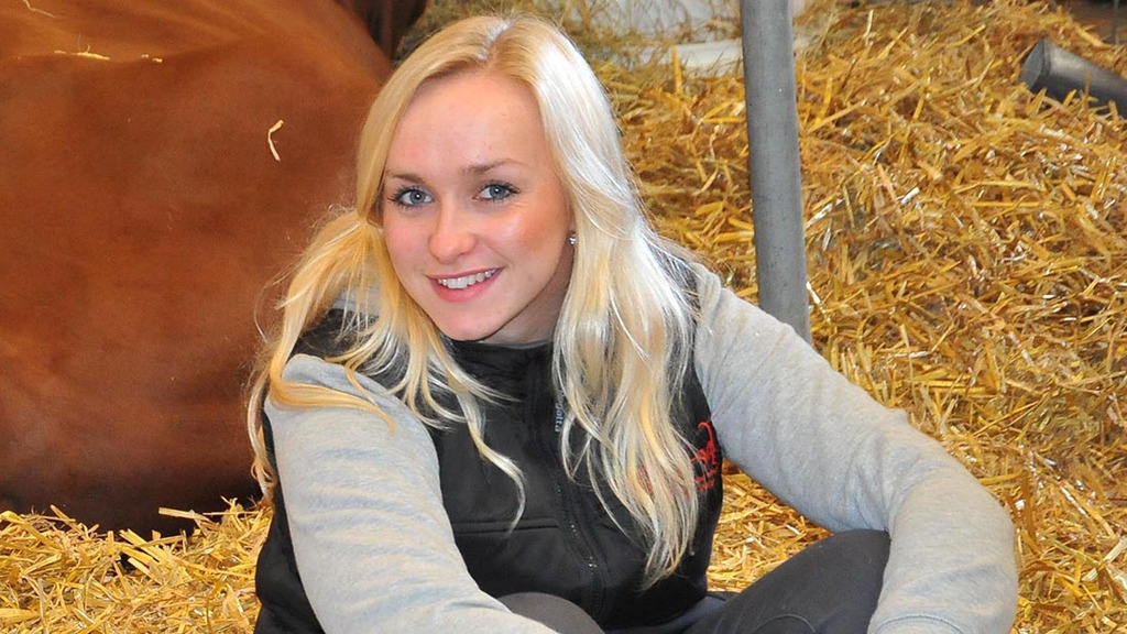 Tributes have been paid to Farmers Guardian reporter Louise Hartley who has died at the age of 24.
