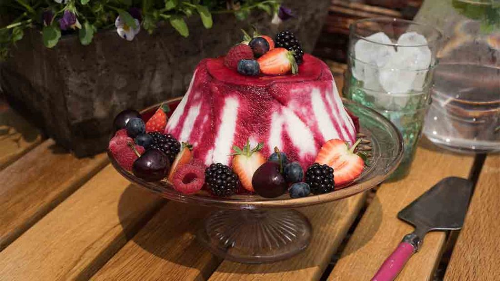Summer recipes: Berry-licious sweet treats