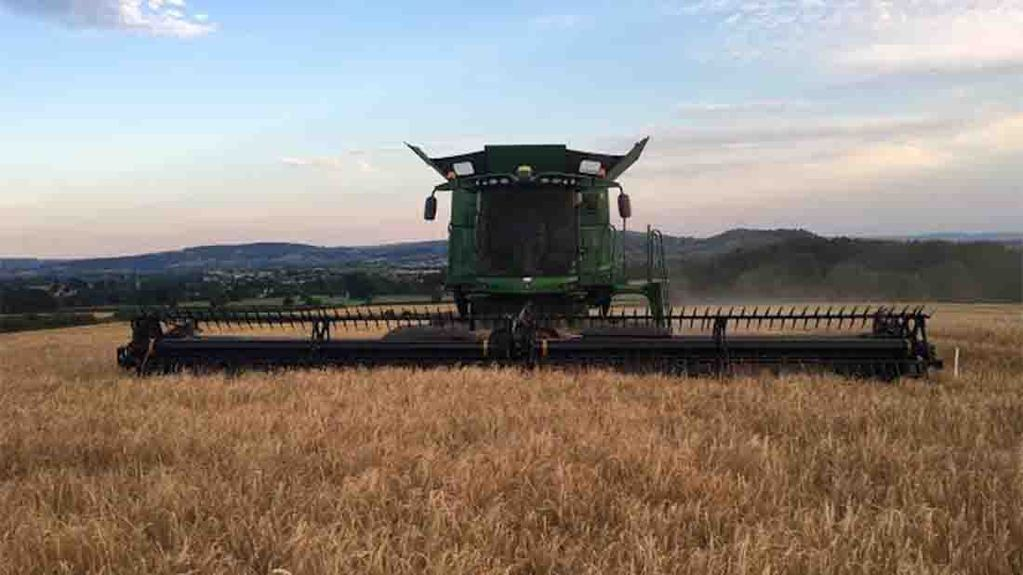 Barley harvest in Gloucestershire - Jake Freestone