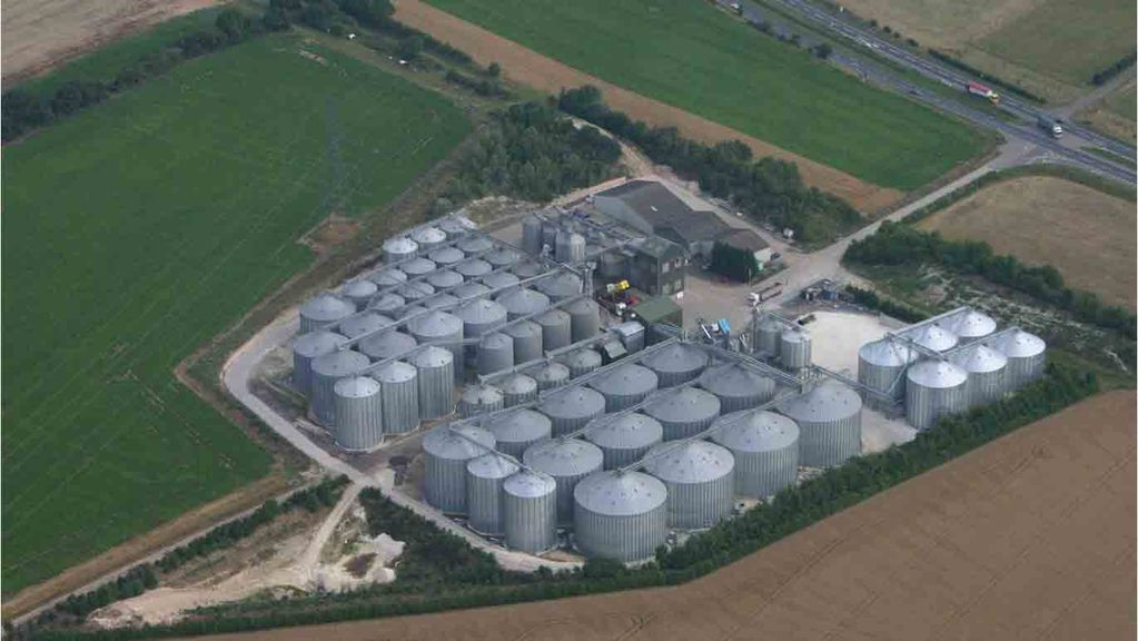 Site manager killed at Camgrain storage facility