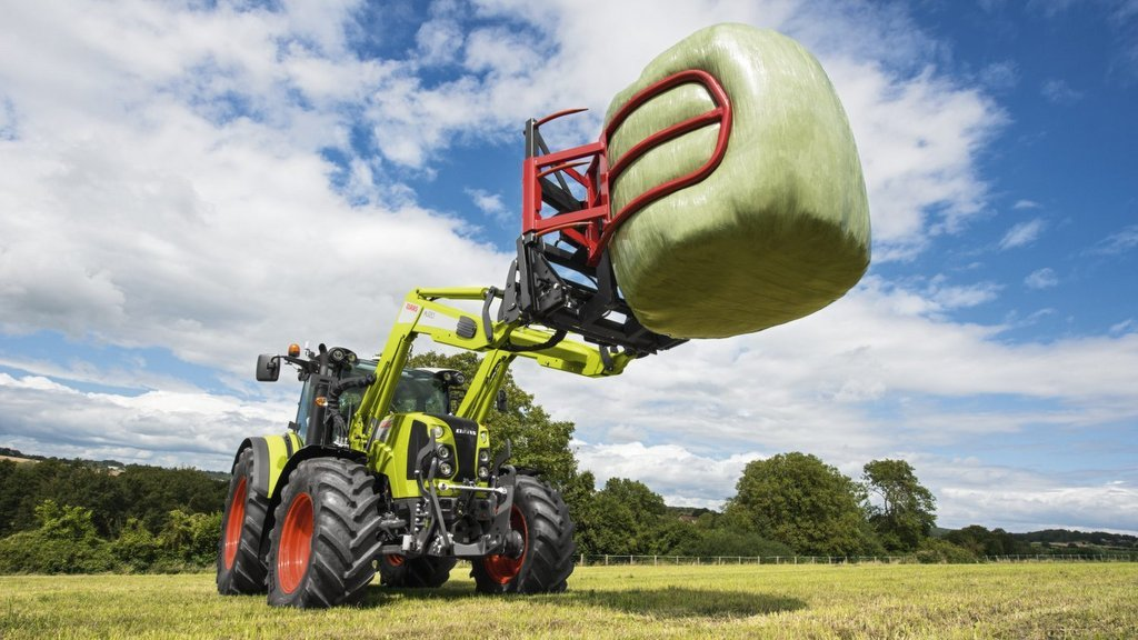 Claas updates Arion 400 tractor range