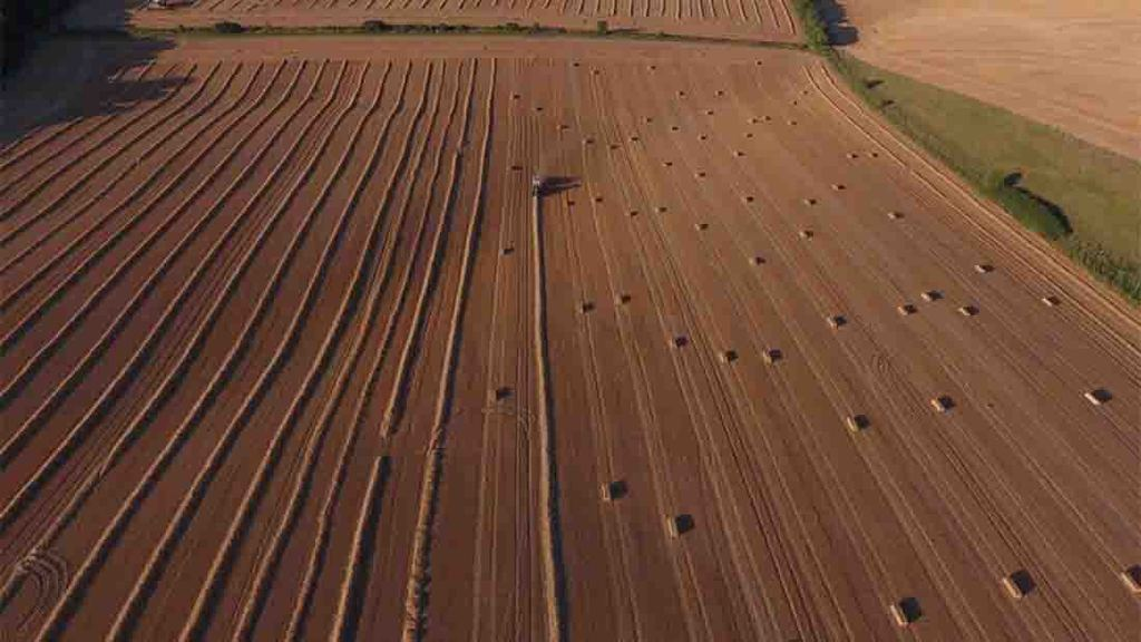 Balers roll in Wiltshire - Todd Jex