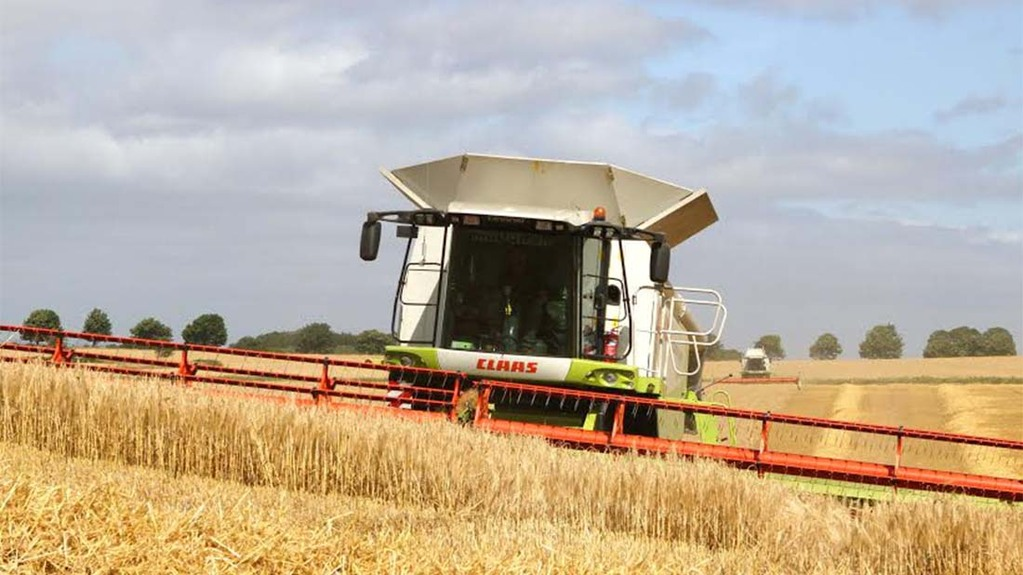 Barley harvest nearly complete in Northumberland - Mick Vardy