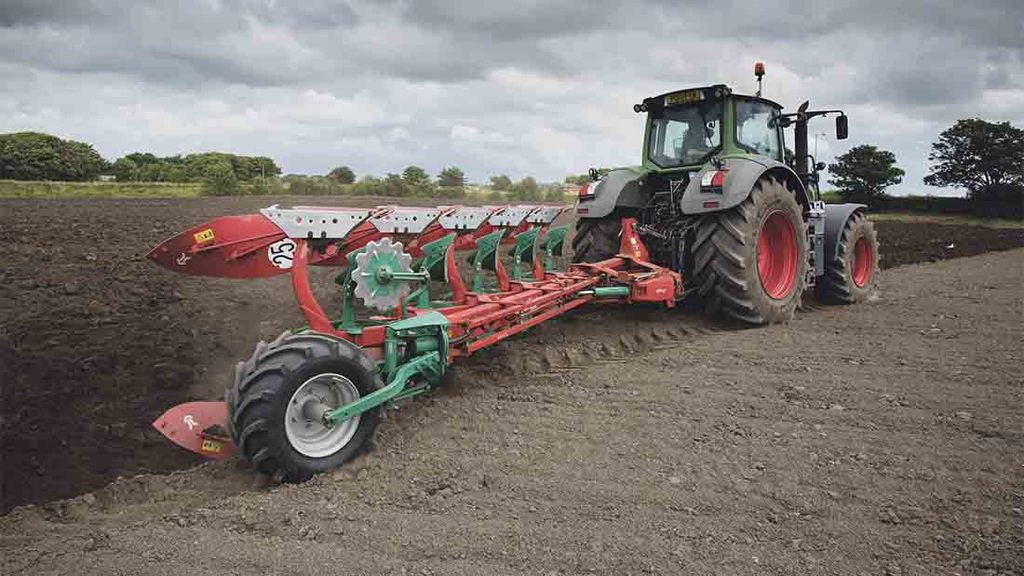On-test: All in the detail with new Kverneland 2500 plough series