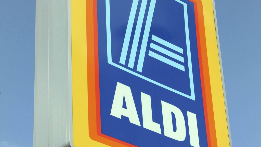 Aldi reports record sales