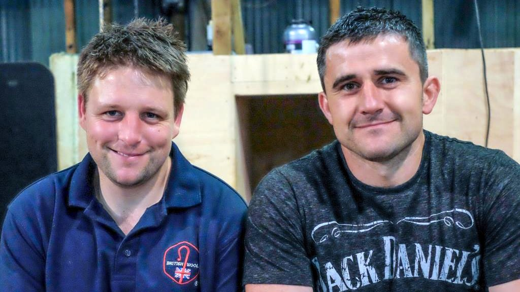 Welsh duo break two shearing records