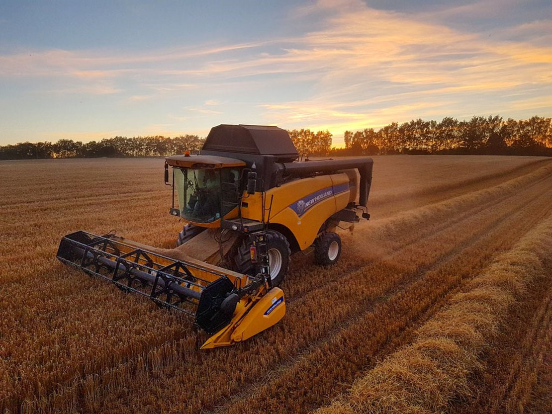 Combining at dawn in Herefordshire - a snap from Ally Hunter Blair, #Farm24