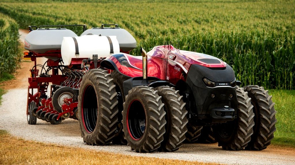 VIDEO: Case IH and New Holland preview driverless tractors at Farm Progress Show