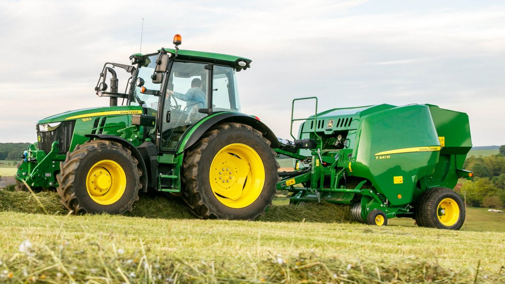VIDEO: Tractors headline mammoth John Deere launch