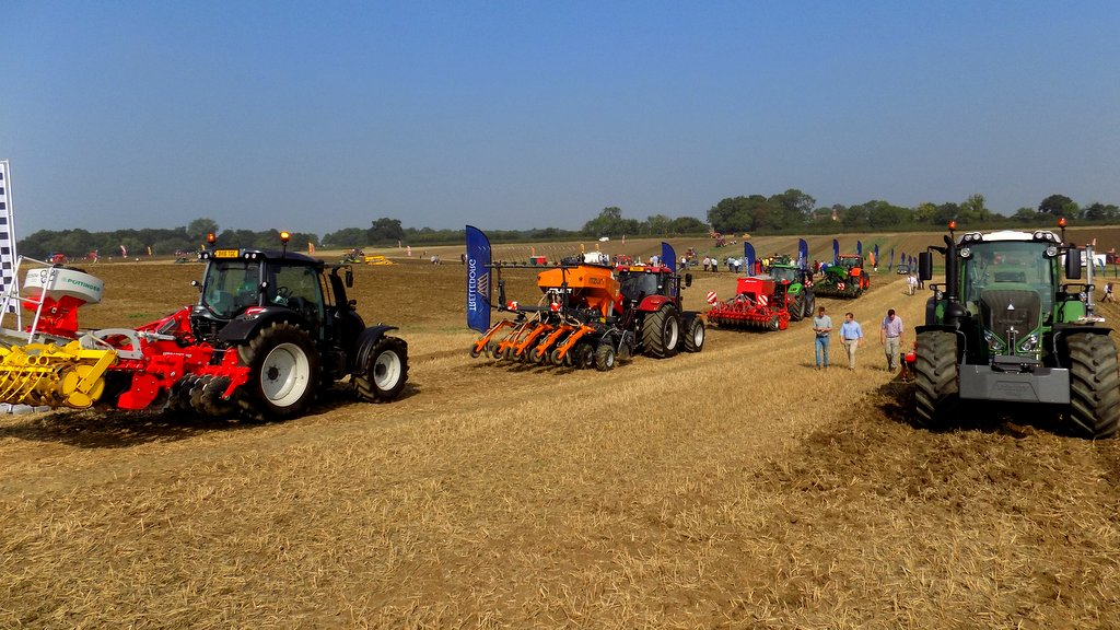 Tillage Live 2016: Versatile machines focus of this year's event