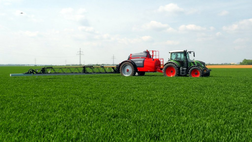 Horsch expands trailed sprayer range