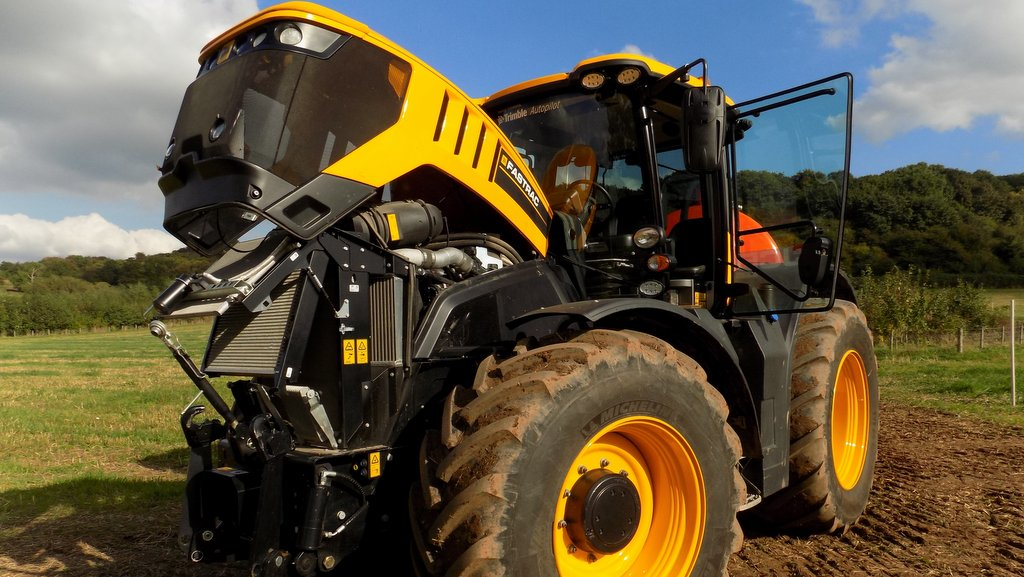 Video Jcb Launches New Fastrac 8000 Series News