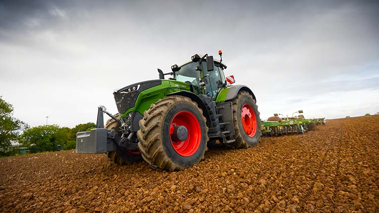 On test: Can Fendt's 1050 Vario get the power down?