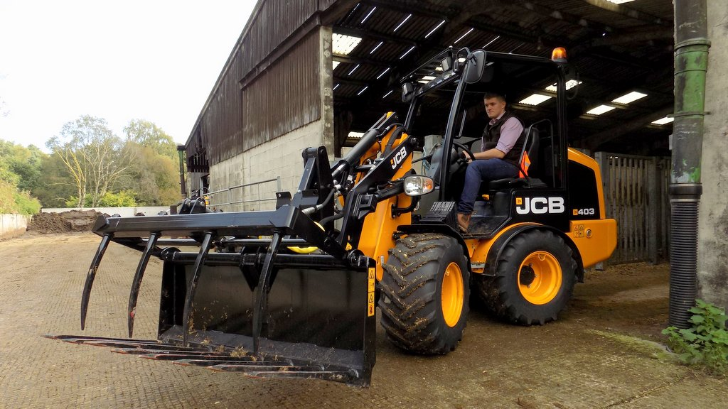 Whole load of updates for JCB pivot steers