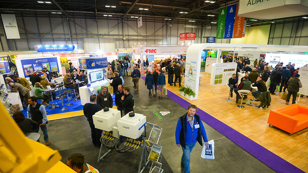 VIDEO: CropTec 2016: Sprayer tech dominates equipment on show