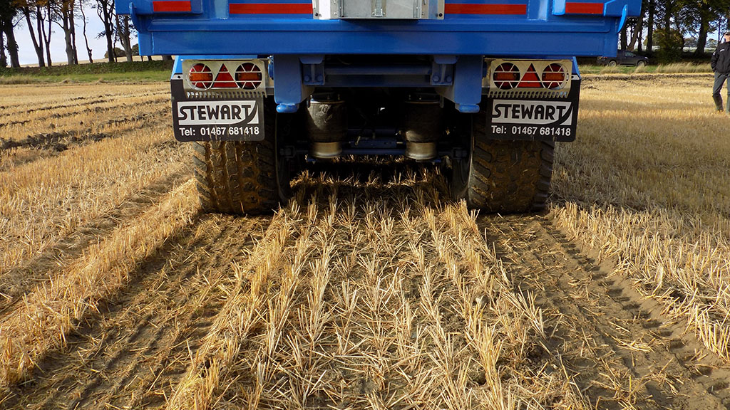 Low pressure stubble run