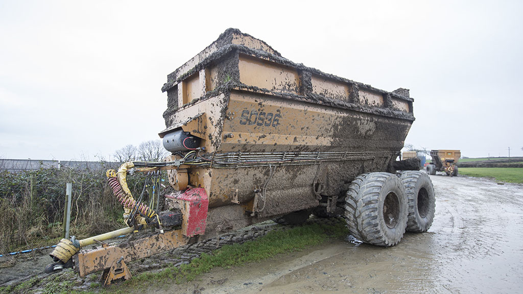 Muck and slurry: Sand bedding drives spreader change