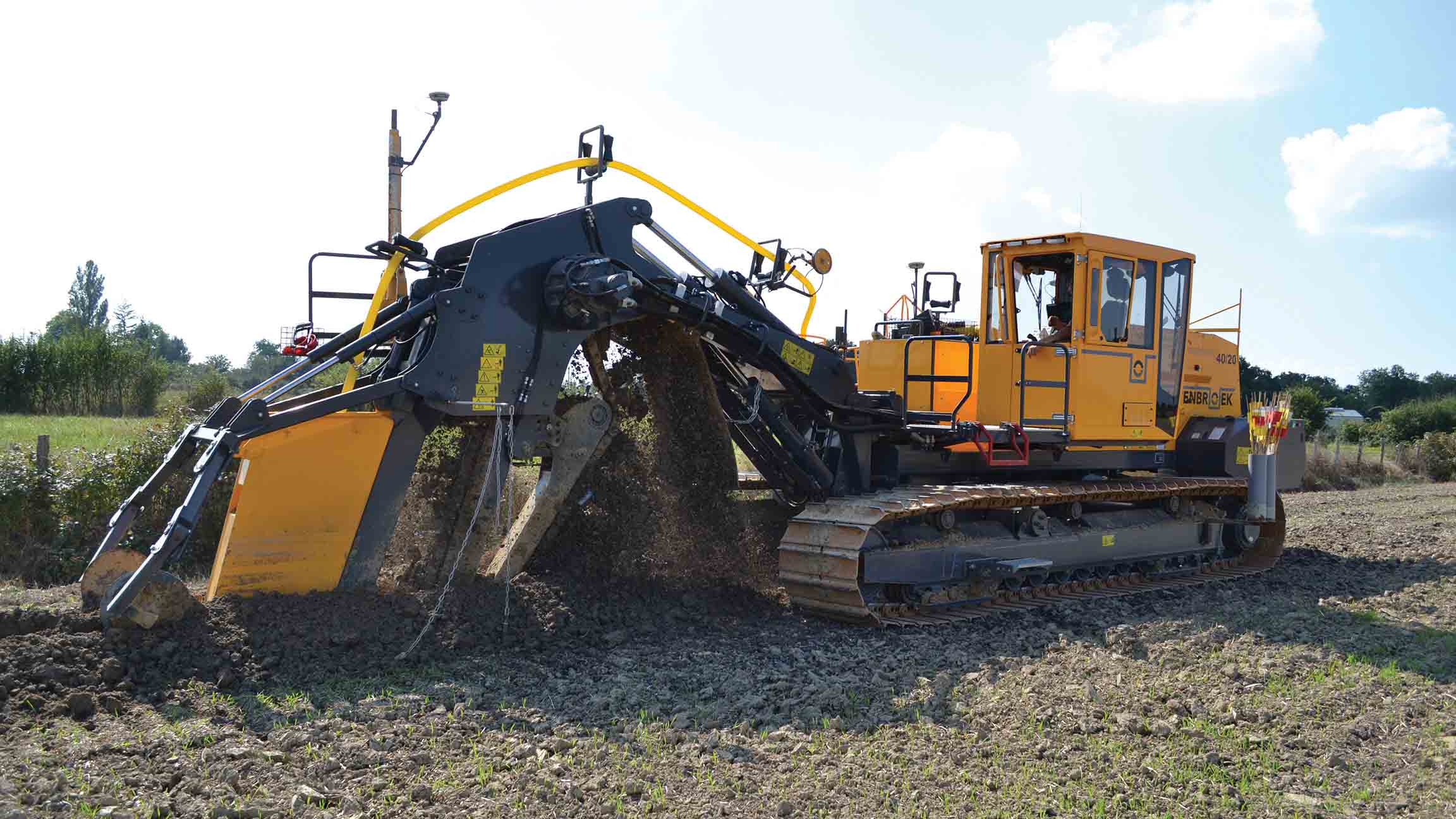 lamma preview 2017 finding a niche insights fg insight gps guidance for drainage trenchers has been a major milestone for the industry and for mastenbroek