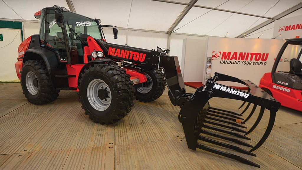 LAMMA 2017: Loaders and attachments