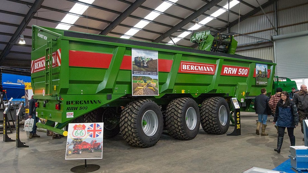 LAMMA 2017: Trailers and transport