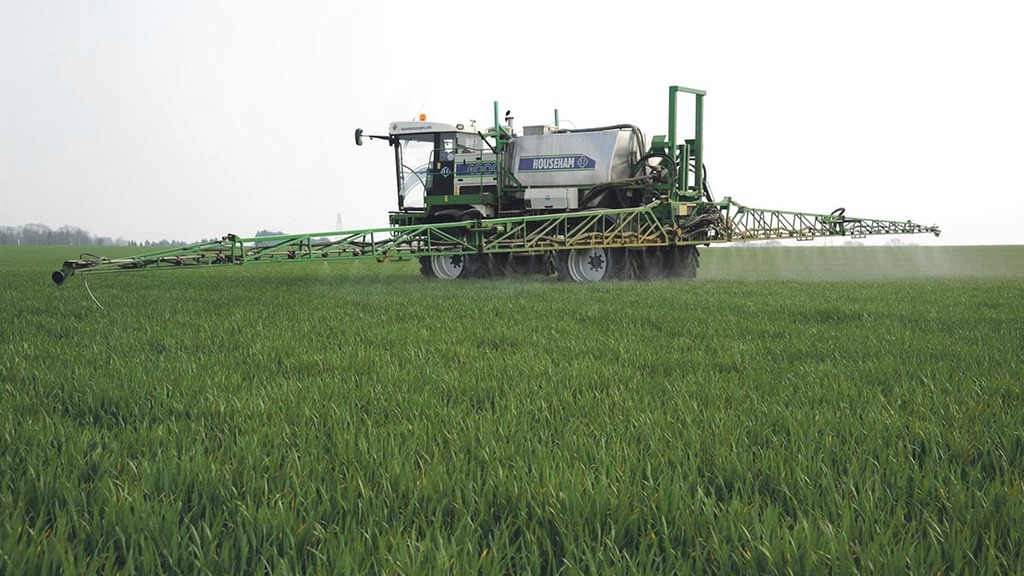 Spraying better in a busy spring