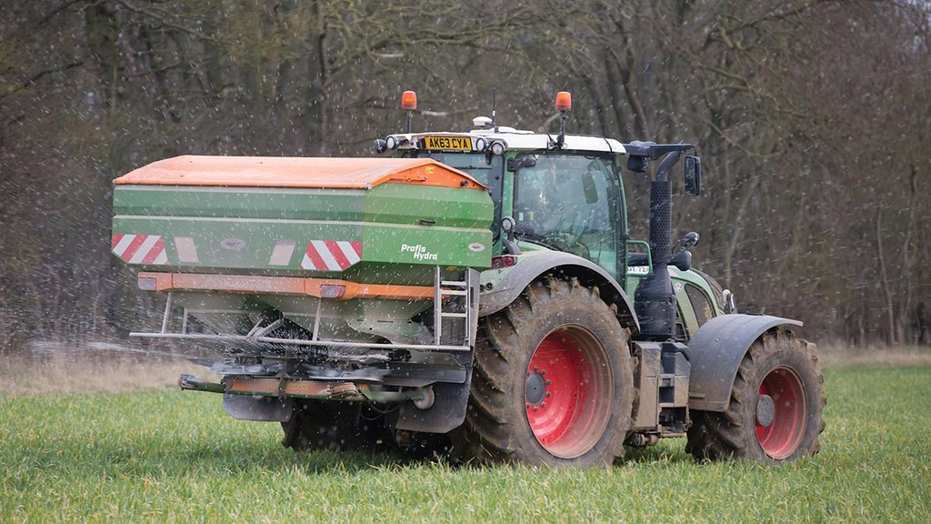 Spreaders and Sprayers: DIY tray tests pay dividends for operators