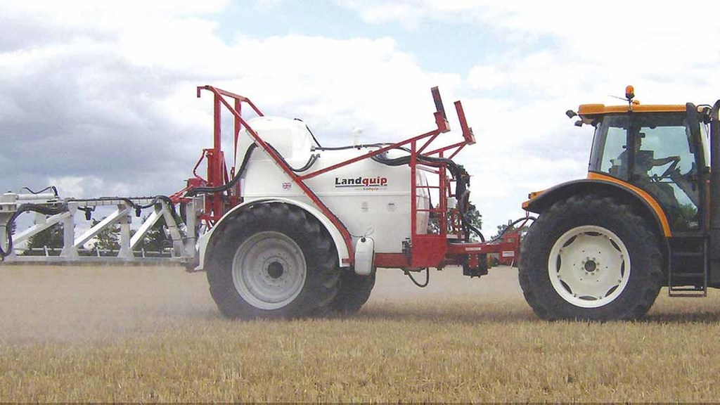 Farms explore ways to reduce machinery costs