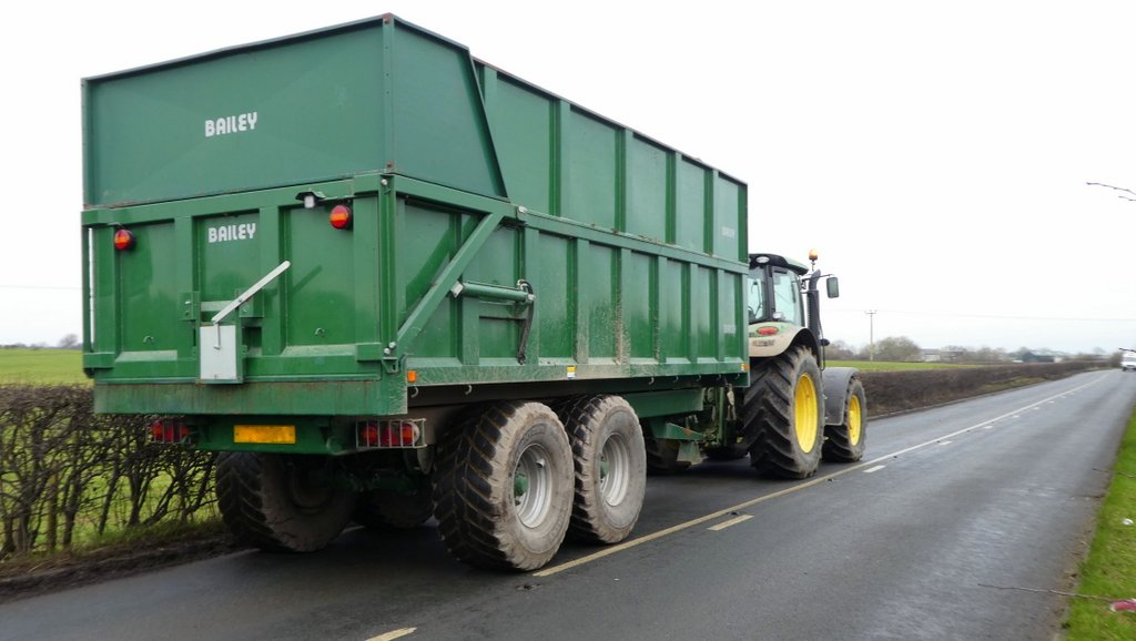 Red Tractor issues new guidance on trailers used for off-farm transport
