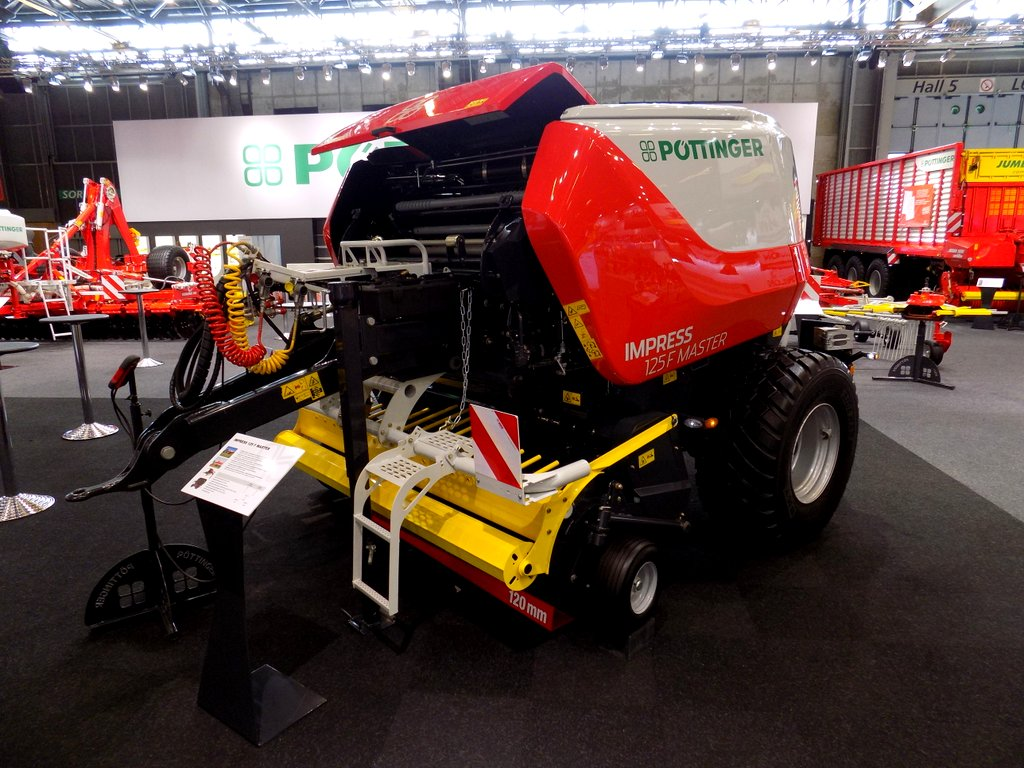 Pottinger Impress roung baler