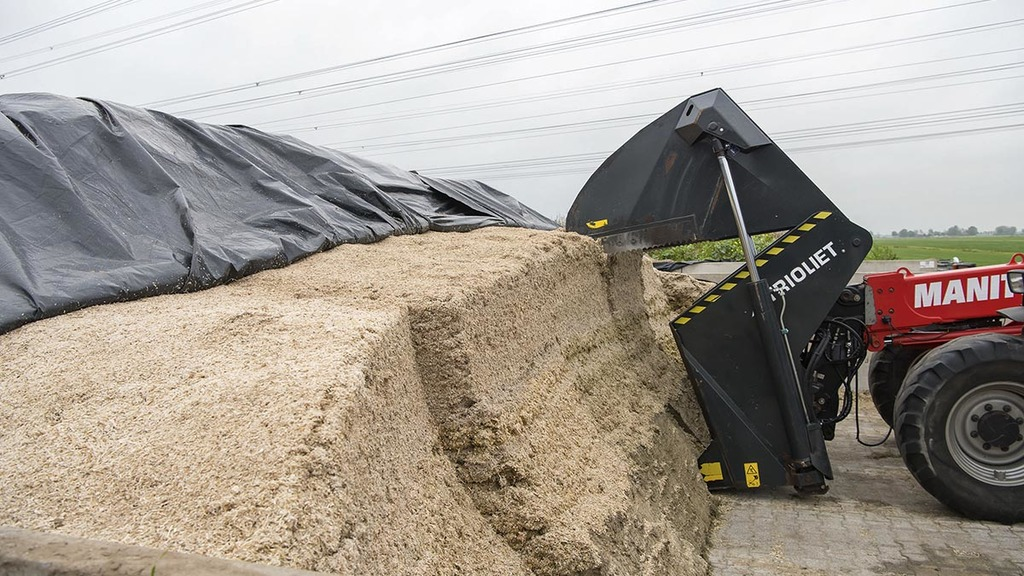 Alternative silage handling attachments - we take a look...