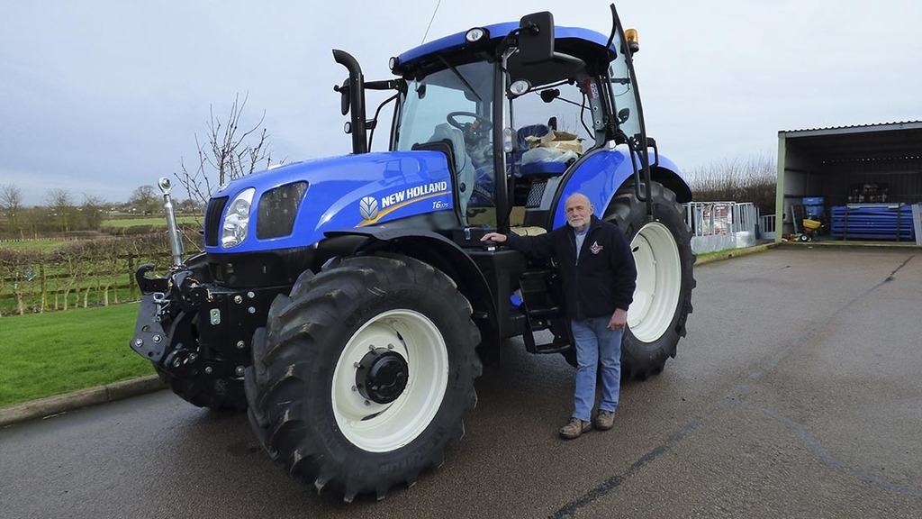 5,000 mile coastline tractor challenge to raise cash for charity