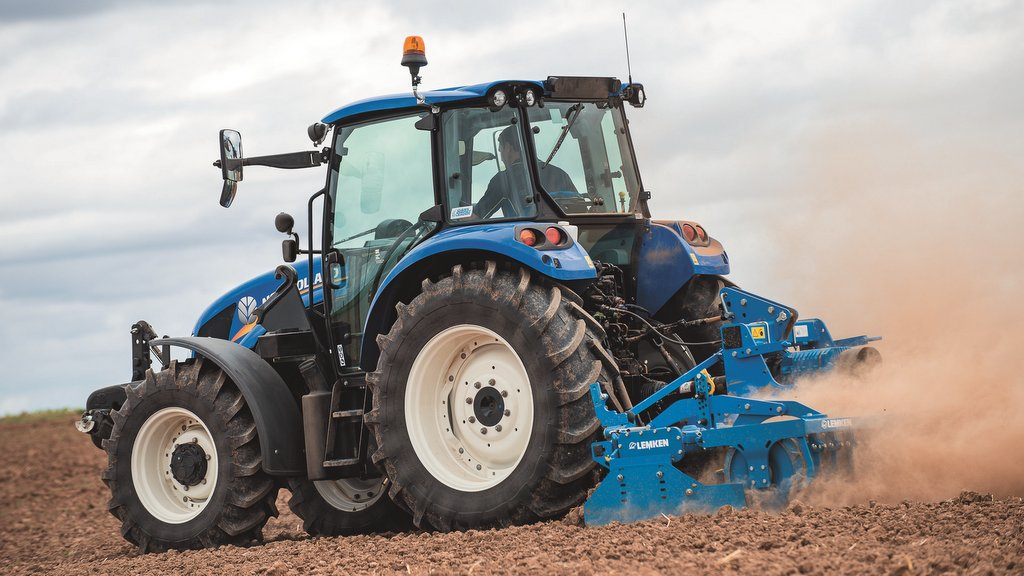 New Holland fills out T5 tractor series