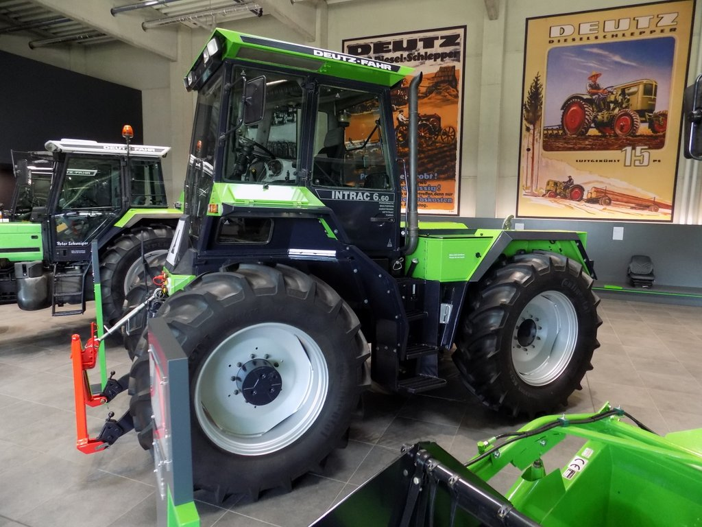 Deutz-Fahr Intrac 6.60