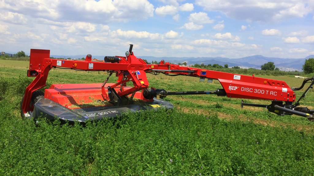 New grassland equipment maker coming to UK