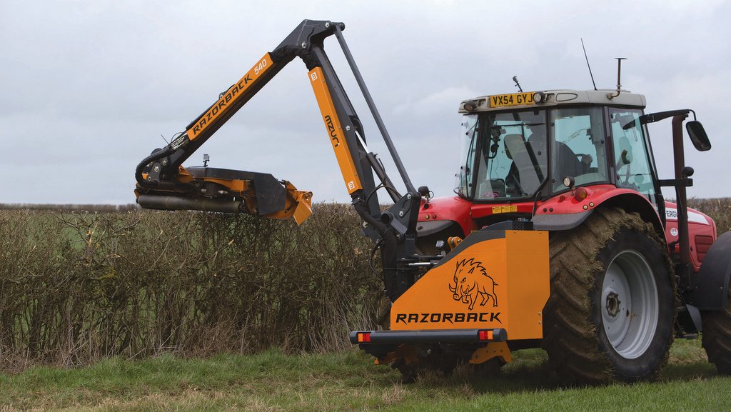 VIDEO: On-test: 'Is this the hedge cutting Holy Grail?' - Mzuri Razorback