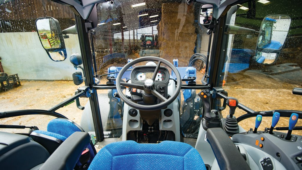 VIDEO: On-test: New Holland T5 put through its paces - INSIGHTS