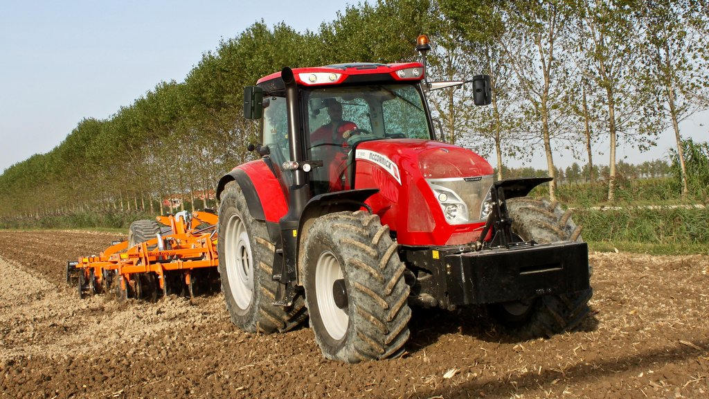 McCormick extends Efficient-spec tractor offering