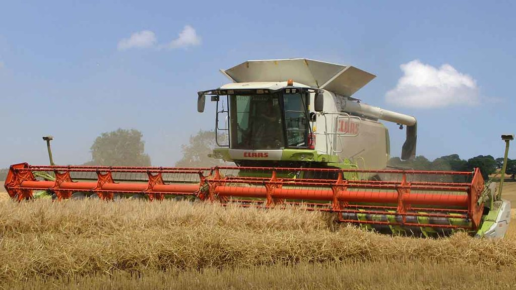 Craig Turnbull harvesting winter barley at Horsley