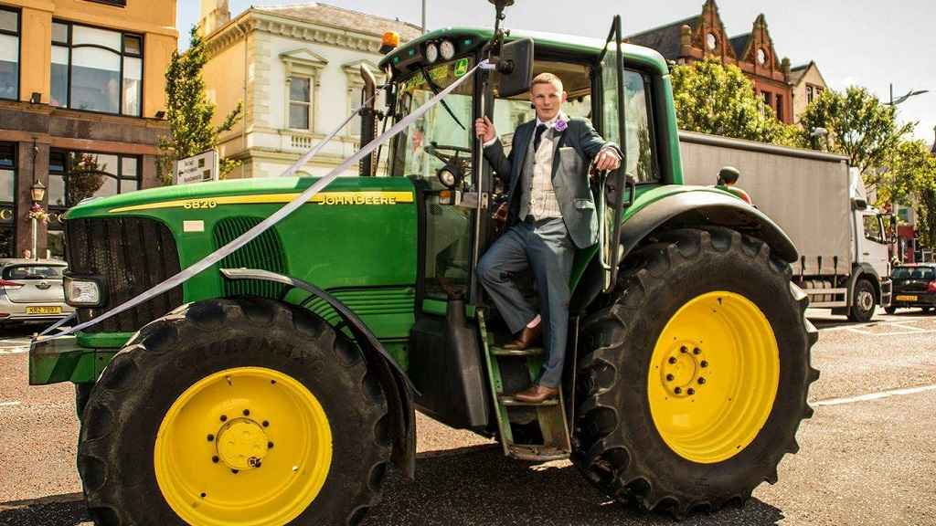 IN PICTURES: Farmer surprised with John Deere tractor by bride on wedding day
