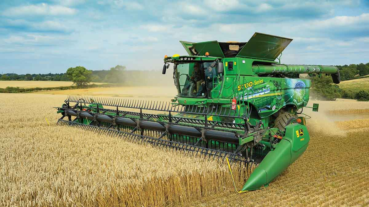 John Deere builds on its suite of automated combine features with latest updates.