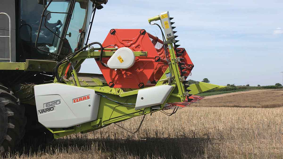 Harvest 2017: Combines battle poor northern weather
