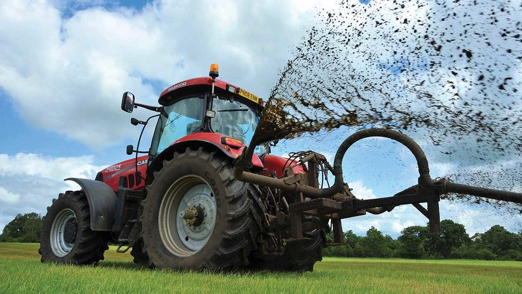 Farmers missing slurry spreading deadline must contact Environment Agency