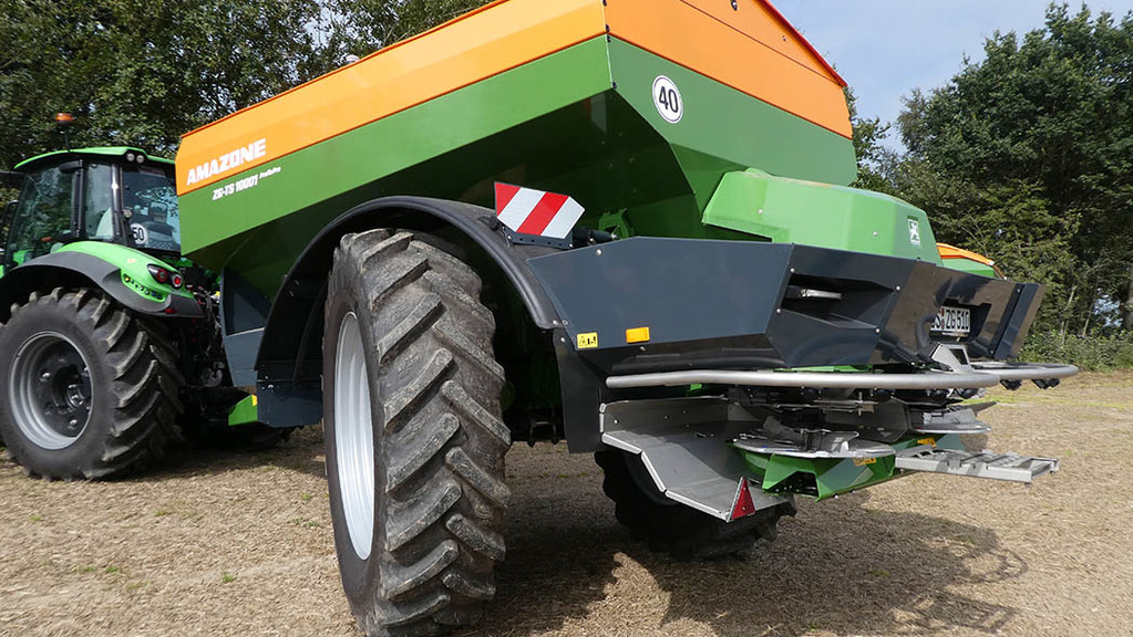 New steering axle is also featured on trailed sprayers, and offers up to 28 degree steering angle.