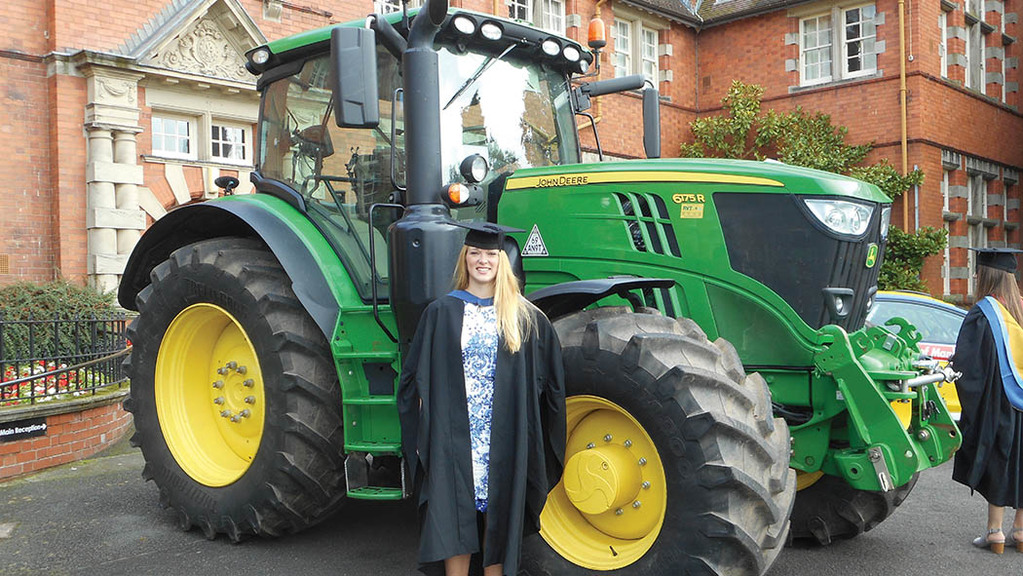 "Young farmer focus: Kelly Hoodless - ""I urge young people to use placements and scholarships"""