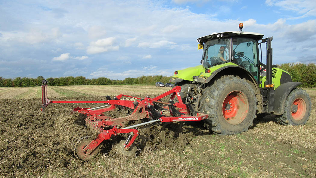 Black-grass trial highlights value in shallow cultivations