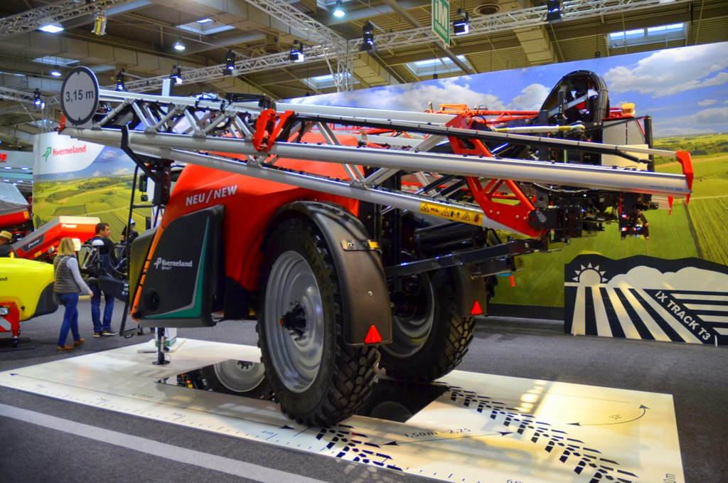 Kverneland Group adds trailed sprayer