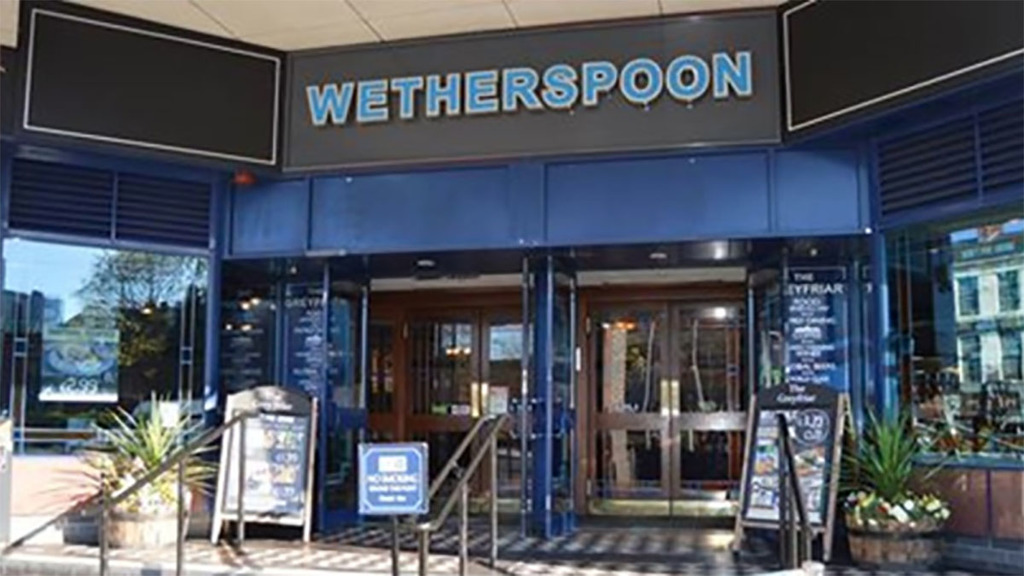 Drop all food tariffs for 3.5p off a Wetherspoon's meal, says pub chain chairman