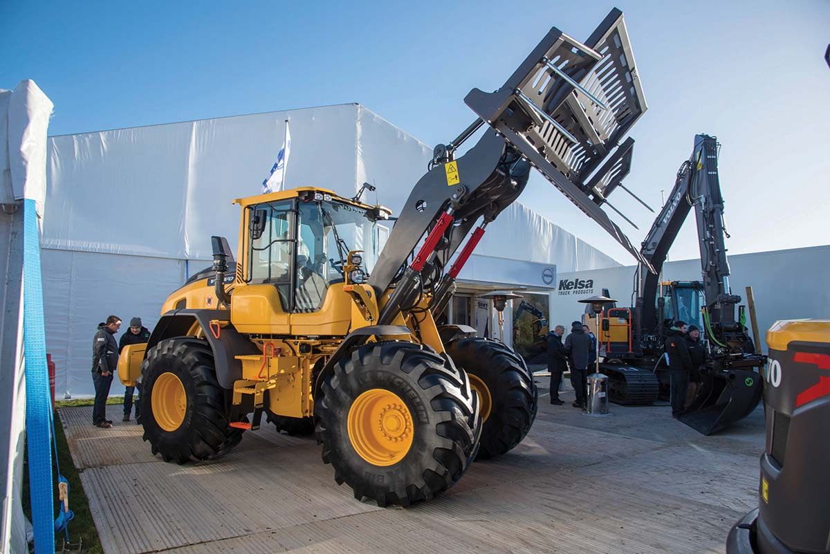 SMT GB Volvo L70H loader