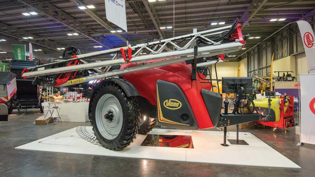 Vicon iXtrack T3 trailed sprayer